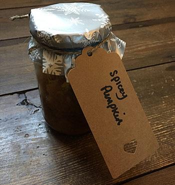 gluten free spicy pumpkin and apple chutney